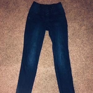 Denim - Booty Lifting Jeans
